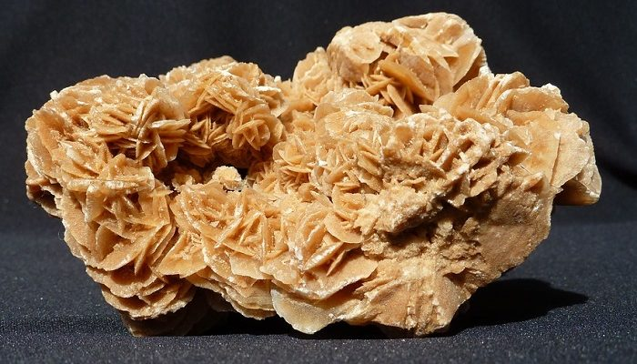 Desert Rose Stone – Meaning, Benefits and Properties